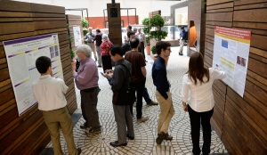 Investigators share their work and ideas with renowned guest speakers, international grantees and research colleagues during poster sessions at our annual Innovations Symposium.